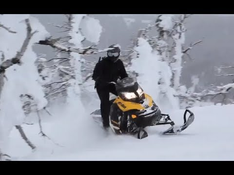 2013 Ski-Doo Summit X Snowmobile Review