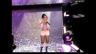 Christina Aguilera Live Rare Falsetto Notes