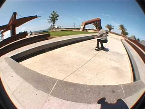 Geelong SkatePark Montage By Dean Brookes