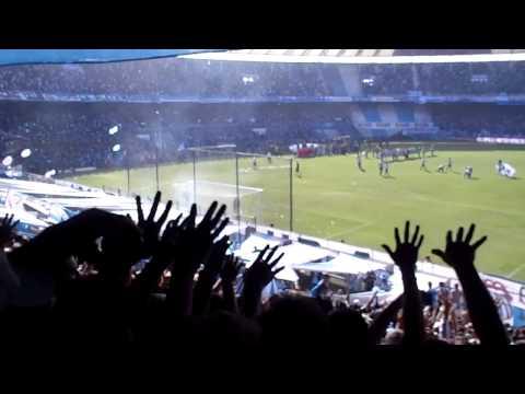 Hinchada de Racing 1 Independiente 0 - Fiesta y locura en Avellaneda Previa del partido - La Guardia Imperial - Racing Club - Argentina - América del Sur