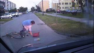 Jeszcze miała czelność go opi**dolić! Nierozważna rowerzystka kontra kierowca – Kutno