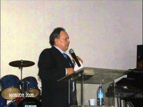 Pastor Napoleão Falcão em Beberibe Parte 01 14-08-11.wmv