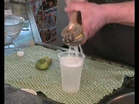 seltz limone e sale, la bevanda estiva siciliana