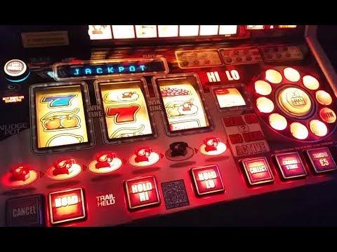 Deal Or No Deal Lucky Streak Fruit Machine Jackpot