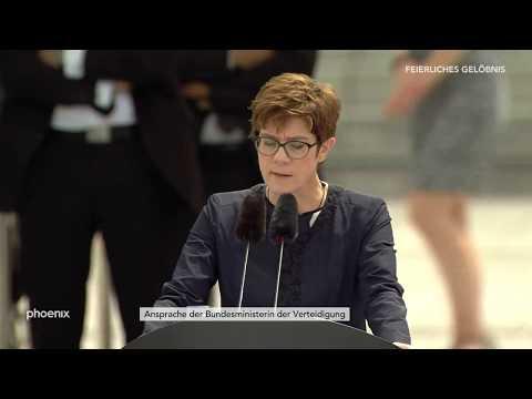 Rekrutengelöbnis: Rede von Verteidigungsministerin An ...