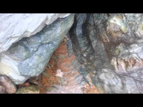 تفجّر الصخور بالماء بعد الأمطار | فرشاط 2013
