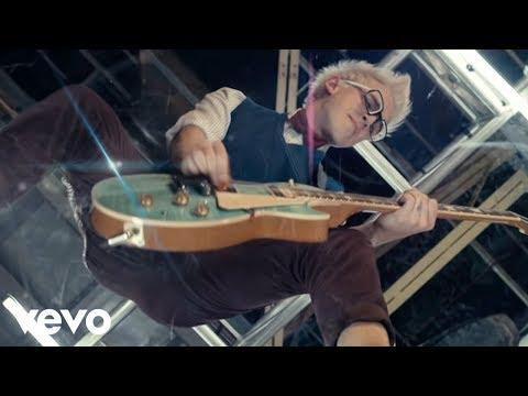 McBusted – Air Guitar