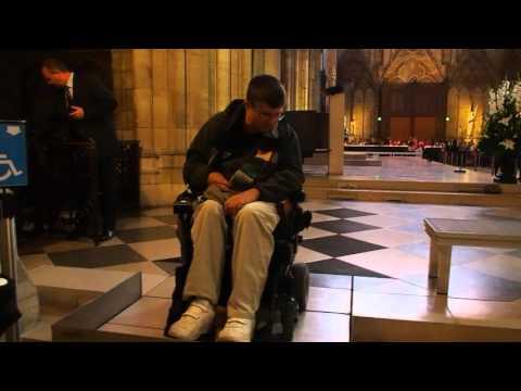 Cathédrale Notre Dame de Paris Retractable Stairs
