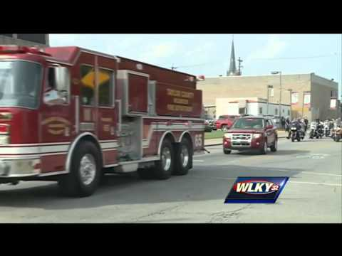 dies - Tony Grider, the Campbellsville firefighter injured last month while participating in the ALS ice bucket challenge, has died. Subscribe to WLKY on YouTube for more: http://bit.ly/1e5KyMO ...
