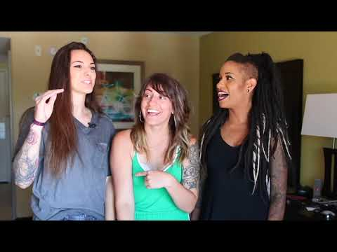 Lesbian Threesome Sex : Watch How It's Done