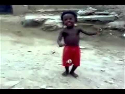 nino africano - Mira El Video Y No Puede Aguantar La Risa :$