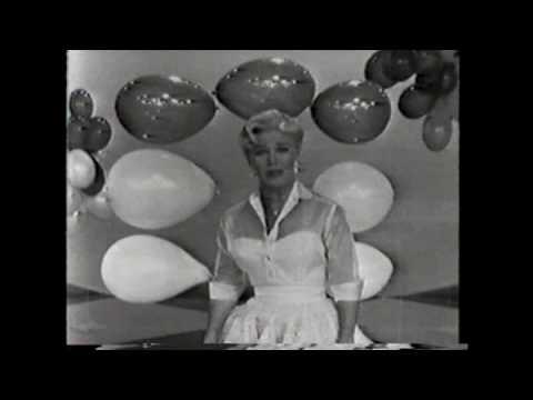 Tekst piosenki Debbie Reynolds - Life Is Just a Bowl of Cherries po polsku