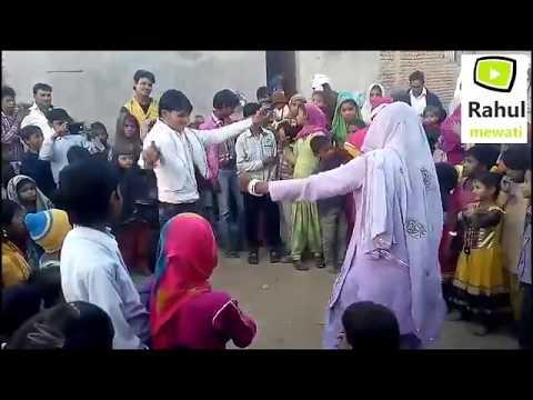 Video शादी में भाभी और देवर का धमाकेदार डांस Mewati song par download in MP3, 3GP, MP4, WEBM, AVI, FLV January 2017