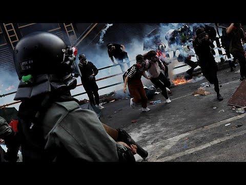 Χονγκ Κονγκ: Συνεχίζονται οι σφοδρές συγκρούσεις