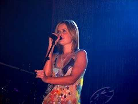 Dido - My Lover's Gone (live in Buffalo)