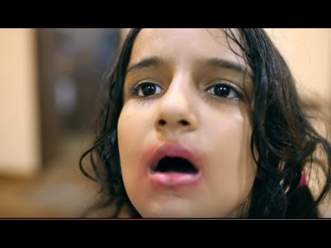 Video नाबालिक बच्ची हुए शिकार | Hindi Short Film download in MP3, 3GP, MP4, WEBM, AVI, FLV January 2017