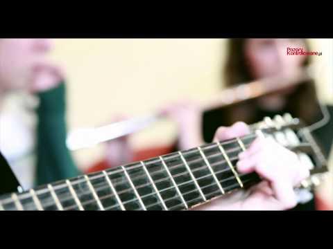 Tekst piosenki Dawid Kwiatkowski - Pumped Up Kicks po polsku
