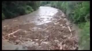 Video Ilustrasi Banjir Bandang Cibingbin Kabupaten Kuningan MP3, 3GP, MP4, WEBM, AVI, FLV September 2018