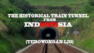 Deskripsi dari Wikipedia :Terowongan Ijo adalah terowongan kereta api yang terletak di sebelah timur Stasiun Ijo sejauh 347 m, termasuk wilayah Desa Bumiagung, Kecamatan Rowokele, Kabupaten Kebumen. Terowongan sepanjang 580 m ini dibangun antara tahun 1885-1886 oleh Staatsspoorwegen (SS), perusahaan kereta api Hindia Belanda, menembus perbukitan kapur Gunung Malang.Terowongan Ijo termasuk salah satu terowongan yang paling sering dilintasi kereta api, Terowongan Ijo pernah digunakan sebagai lokasi syuting film Kereta Api Terakhir dan Daun di Atas Bantal.Terowongan ini dikelola oleh Daerah Operasi V Purwokerto dan dijaga oleh petugas jaga terowongan (PJTW) di samping mulut terowongan. Terowongan ini menjadi pilihan bagi railfans yang berburu kereta api masuk dan keluar terowongan. Kemungkinan jika proyek rel ganda Kroya-Kutoarjo rampung, terowongan ini mungkin dinonaktifkan dan dijadikan cagar budaya. Selain itu, akan dibangun terowongan baru yang akan menampung dua jalur rel sekaligus.Panjang Terowongan : 580 m