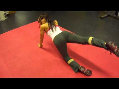 En video med övningar för fastare rumpa