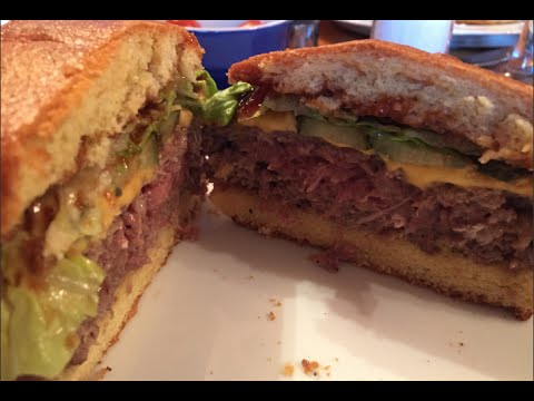 How to make the perfect American style cheeseburger