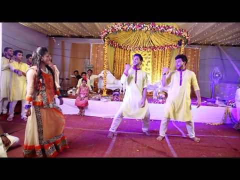 Video O Laila Teri Le Legi Bangladeshi Wedding Dance Performance download in MP3, 3GP, MP4, WEBM, AVI, FLV January 2017
