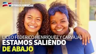 Danilo Medina entrega liceo a 945 jóvenes del sector La Grúa.