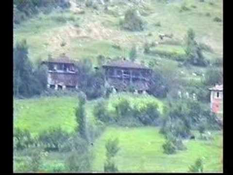 1997-98 Loc Yöresinden kareler - Yaman olur kastamonu uşağı Sepetçioğlu müziği eşliğinde..