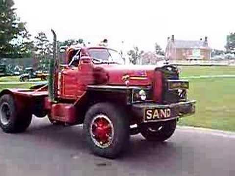 Грузовики Mack Truck