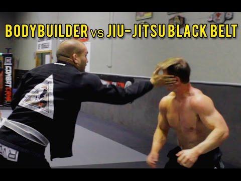 Nie pi*rdolił się z nim w tańcu! Mistrz Jiu-Jitsu robi miazgę z kulturysty!