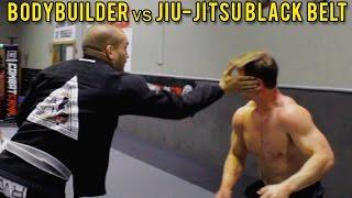 Mistrz Jiu-Jitsu robi miazgę z kulturysty!
