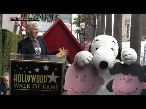 hollywood regala una stella a snoopy