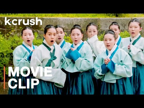 Joseon dynasty concubines making those hanboks WERK | Clip: The Royal Tailor | K-Crush