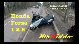 4. A Day With The Honda Forza 125 - An Absurd Review