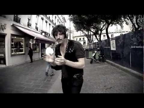 Tekst piosenki Adanowsky - J'aime Tes Genoux po polsku