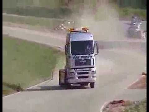 貨櫃車飄移 勁吹論壇