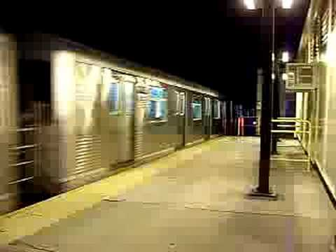 MustangFan424 - This is a video I took of a R42 (M) Train Entering Fresh Pond Road.