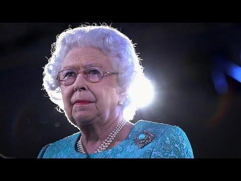 Βρετανία: Φαντασμαγορική εκδήλωση για τα γενέθλια της βασίλισσας Ελισάβετ