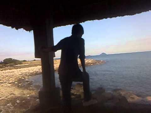 Face Nu'Est in Beach( Bãi Tiên ) please 1000 dislike (видео)