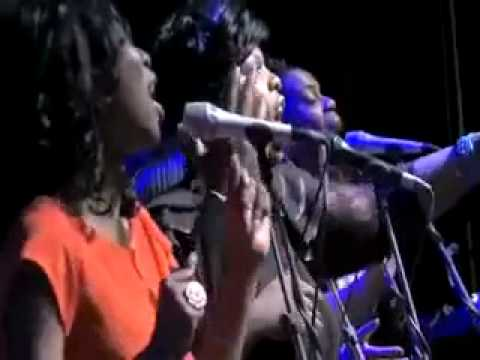 Michelle Osbourne with - Muyiwa  Riversongz @ Indigo2- Lord You Are My God .m4v.mp4