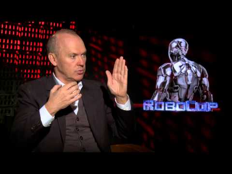 RoboCop 2014: Michael Keaton Official Movie Interview