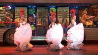 A Sneak Peek at Priscilla Queen of the Desert!