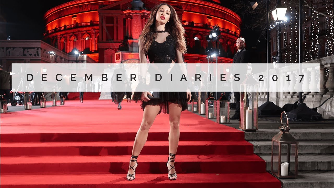 CURRENT AB WORKOUT, FASHION AWARDS & MORE HAULS | DECEMBER DIARIES | Danielle Peazer |