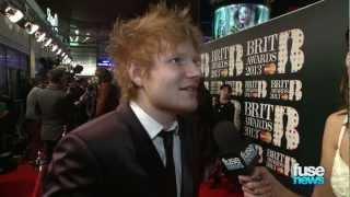 Ed Sheeran Praises Olly Murs, Emeli Sande on Red Carpet - BRIT Awards 2013