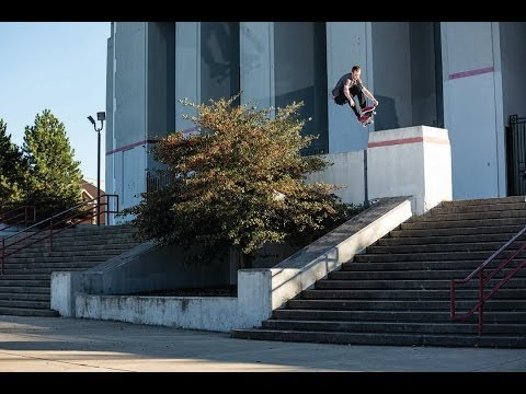 Raw - Grant Taylor goes to Buffalo with the Bruin SE and gets buck with serious precision. http://www.nikeskateboarding.com.