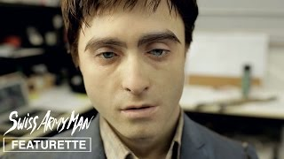 SUBSCRIBE: http://bit.ly/A24subscribe Go behind the scenes with makeup effects producer Jason Hamer in the latest SWISS ARMY MAN featurette on 'Making ...