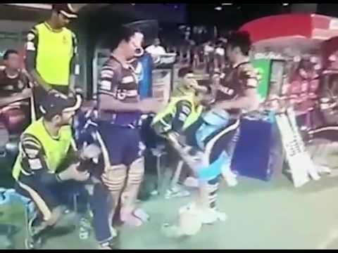 Angry Gautam Gambhir hits the chair