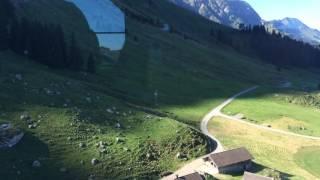 スイス発 センティス・バーンSäntisbahnのロープウェイ出発【スイス情報.com】