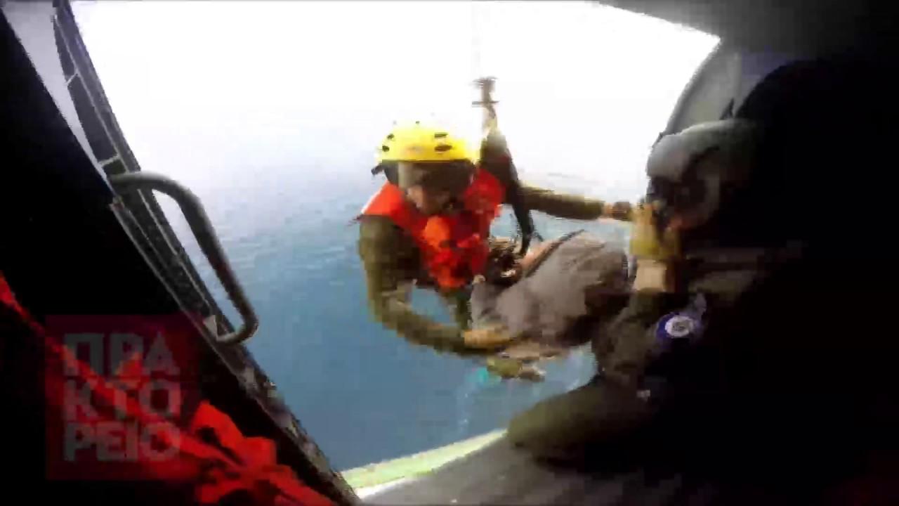 Εντυπωσιακή διάσωση ασθενή με ελικόπτερο του Πολεμικού Ναυτικού