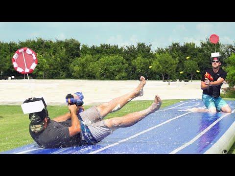Nerf Slip and Slide Battle | Dude Perfect (видео)